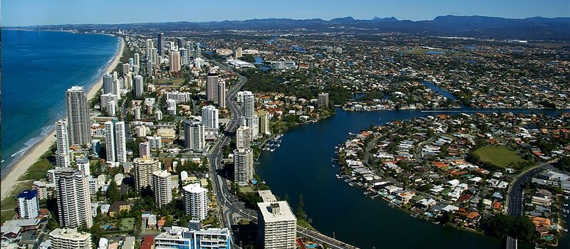 Furniture Removals to Gold Coast from UK