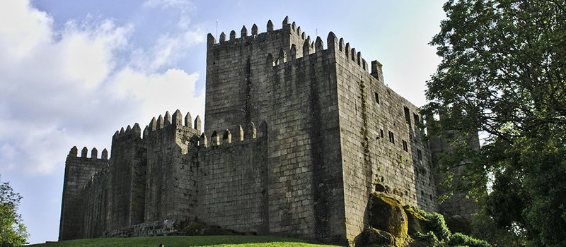 Removals-to-Guimaraes